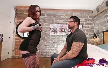 Naturally stuck domineer lassie Nina Kush is fucked in standing pose in B & B