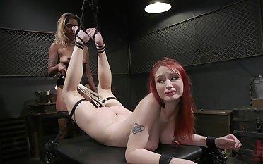 Hardcore, kinky faggot bondage innings of Violet Monroe and Lotus Lain