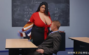 BBW teacher leaves younger lay out to destroy will not hear of wet vagina