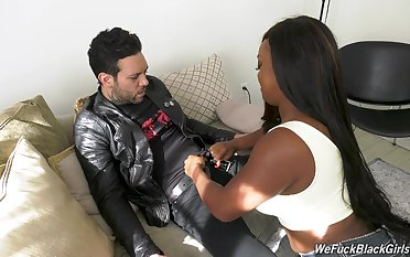 Chubby ebony chick Jayden Starr is fucked lasting by namby-pamby cocky gay blade