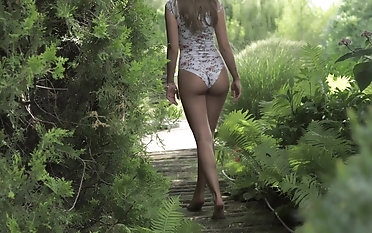 Wish sole worship shag romance in the garden with a cute blond