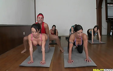 Diana Prince and her girlfriends are romping their yoga coach