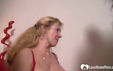 2 beautiful girls pleasing the same rod.mp4